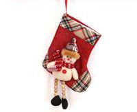 bas de treillis achat en gros de-2018 nouveau cadeau de Noël cadeau créatif chaussettes fournitures décoratives petit mignon treillis bonhomme de neige vieux wapiti bas de Noël