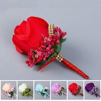 ipek çiçek boutonnieres toptan satış-Damat sağdıç ipek Fildişi Kırmızı Best Man çiçek buketi çiçek Düğün takım elbise Boutonnieres aksesuarları pim broş dekorasyon gül
