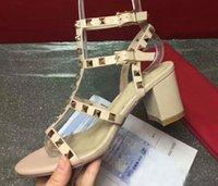 blok pompalar toptan satış-Kadınlar Çivili Strappy Perçinler Açık Toe Slingback Sandalet Ayak Bileği Kayışı Orta Blok kalın Topuklu Elbise Parti Düğün için Pompalar