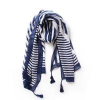 schal schal viskose großhandel-Dünne Schals mit blauem Streifendruck aus Baumwolle mit Quaste Damenmode geometrische Viskose langen Schal Schal wickeln Halstuch Strandabdeckung