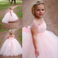 Wholesale Cute Flower Girls Dresses Square Short Capped Sleeves Pageant Gowns Back Zipper Custom Made Birthday Gown First Communion Dress