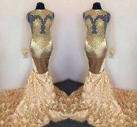 çarpıcı altın gece kıyafetleri toptan satış-Çarpıcı Altın 3D Dantel Çiçekler Gelinlik Vintage Uzun Kollu Sheer Aplike Mermaid Dantelli Uzun Abiye giyim