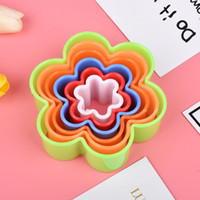 Wholesale flower shaped cookie cutters resale online - 5pcs Plastic Mold Clay Cookies Mold Set Biscuit Cutter Mold Set Flower Star Heart Shape Colorful Cake Mousse Molds Kitchen Tool VT0663