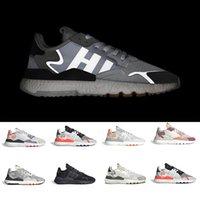tops de nuit achat en gros de-Core Black nite jogger 3M réfléchissant chaussures de course de nuit pour hommes femmes top qualité triple blanc respirant formateur baskets de sport 36-45