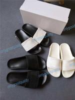 kaymalar toptan satış-2019 Tasarımcı terlik Dişli dipleri erkek çizgili sandalet nedensel kaymaz yaz huaraches terlik çevirme terlik terlik En İyi Kalite Boyutu 36-46