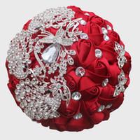 искусственные гвоздики оптовых-5 Цветов Искусственный Шелк Цветы Букет Поддельные Роза Горный Хрусталь Брошь Букет Для Свадьбы Невесты Невесты Бисера Руки Цветы