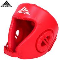 kostenlos mma gang großhandel-Red Boxing Head Guard PU-freier Kampfkopf Volle Schutzausrüstung Boxen Free Combat Helm MMA UFC Gesicht Muay Thai Kampfkopfschutz