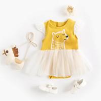 fliegender bär großhandel-Baby scherzt Entwerferkleidung Spielanzug-Fliegen-Sleeveless Spitze-Bärn-Druck-Gelb-Spielanzug kleidet Baumwollmädchenspielanzug 100% 0-2T