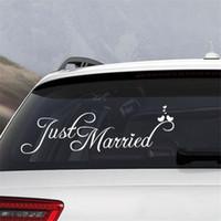 adesivos de arte de janela venda por atacado-Decoração do casamento Janela 4pcs nupcial Noivo Apenas casado adesivo de carro Auto Decal Branco 60cmx20cm Art Decor Início