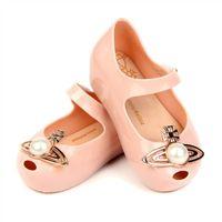 zapatos nuevos sandalias niños al por mayor-Nuevos niños niñas sandalias Moda perla niños zapatos Niños sandalias niñas Jalea Sandalias Playa Sandalia chaussures enfants niños zapatos A5054