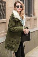 chaquetas del ejército para mujer al por mayor-Chaqueta del ejército verde de invierno de las nuevas mujeres de invierno para mujer Parka mujeres abrigo de piel Outwear la capa ocasional Manteau Femme ropa de mujer FS1915