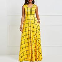 maxi uzun elbiseler sarı toptan satış-Clocolor Yaz Uzun Elbise Vintage Sarı Ekose Kolsuz Sundress Kadınlar Retro Afrika Giyim Artı Boyutu Bir Çizgi Maxi Elbise J190430