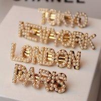 ingrosso accessori per capelli perni perla-Fashion Pearls Lettera fermagli per le donne Ragazze Barrettes New York Tokyo Parigi London Hair Combs Pins Sticks Accessori regalo gioielli