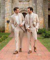 şampanya düğün smokinleri toptan satış-Şampanya Damat Smokin Sağdıç Takım Elbise İtalyan Tarzı üç Parçalı Düğün Balo Parti Erkekler Için Damat Takım Elbise Custom Made Suits