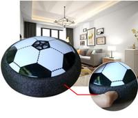 spiele gag großhandel-Gag Air Power Soccer Disc Kinder ausgesetzt Fußball mit LED leuchten Indoor Outdoor Disk Hover Ball Spiel für Jungen Mädchen Sport Kinder Spielzeug