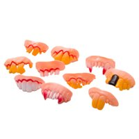 Wholesale Funny Joke Teeth Wacky False Teeth Stephen King s It Plastic Fake Teeth Dentures for Halloween Christmas Prop Fancy Dress Party Supplies DHL