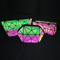 embrague geométrico al por mayor-Láser Bolsa de Maquillaje Cosmético Bolsa de Almacenamiento de Gran Capacidad Rainbow Clutch Lady Girls Diseñador Luminoso Geométrico Organizador Bolso para Las Mujeres