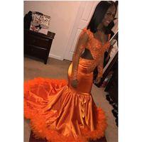 vestidos de fiesta negro naranja al por mayor-Orange Black Girl Sirena Vestidos de baile 2019 Nueva manga larga Apliques Abalorios Open Back Feather Vestido de noche formal Vestidos de fiesta