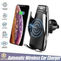 kablosuz şarj telefonları toptan satış-S5 Kablosuz Şarj Otomatik Sıkma Araç Şarj Tutucu Dağı Akıllı Sensör 10 W iPhone Samsung Evrensel Telefonlar için Hızlı Şarj
