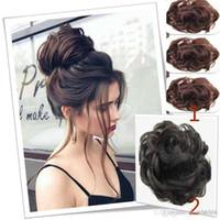 koyu kahverengi kıvrık saç toptan satış-Saç topuz postiş koyu kahverengi dağınık topuz saç kadın dalgalı / kıvırcık kabarık scrunchie + peruk kap