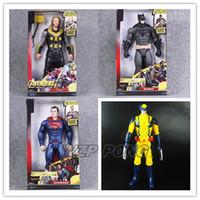 brinquedos batman para crianças venda por atacado-Novos Os Vingadores Pantera Negra Thor Batman Superman O Flash Wolverine LED Com Som PVC Action Figure Modelo Toy kids Presente