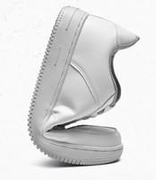 yeni kadın ayakkabıları çin toptan satış-Yumuşak Platformu Sneakers Beyaz Deri Ayakkabı Erkekler Kadınlar Sneakers Klasik Siyah Chaussures Çin Yepyeni Özelleştirilmiş Noel Hediye Ayakkabı