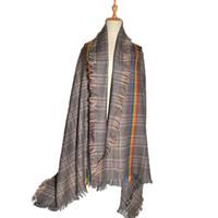 Nouvelle haute qualité rétro arc en ciel Vintage écharpe à carreaux femmes  100% écharpes en cachemire laine australienne classique épaissir châle chaud  wrap ... a7316fc5fe6