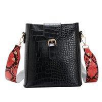 sacos de balde de couro venda por atacado-Nova moda PU Leather Crossbody Casual Grande Capacidade Bolsa Feminino Shoulder Mensageiro Retro Cobra Grain Bucket Bag