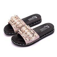 pembe kabuk incileri toptan satış-Sandalet ve terlik ile yeni kabuk inci kelime kadın yaz giyim 2019 sınır ötesi moda sequins kalın tabanlı ev sürükle