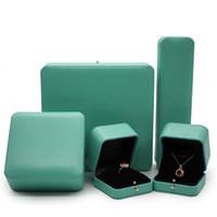 venda da fábrica do logotipo venda por atacado-2019 Nova caixa de jóias high-end luz verde fábrica vendas diretas T logotipo da marca anéis / pulseira / colar / caixa de brinco