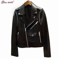 schwarze lederjackenkette großhandel-2019 New Rivet / Stud Leather Jacket Damen Black Jacket Moto Coat Jetzt kaufen Casaco chaquetas Chain Punk Belt Punk