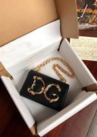 sac à bandoulière en or noir achat en gros de-Designer Gold Letter DG Sac à bandoulière Sac de luxe pour femme Sac en cuir véritable Noir Blanc Rose Rouge Vert Défilés de mode