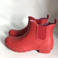 Wholesale fit boots resale online - Women Men Short Rain Boots Rubber Matte Short Rainboots Waterproof Welly Rain Boots Fit Winter Boot Socks Fit Rainboots Socks