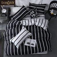 conjuntos de cama de solteiro preto branco colcha venda por atacado-Bonenjoy listrado preto e branco Colo Bed cobre os conjuntos de Single / Twin / Duplo / Queen / King Quilt Tampa Folha de cama fronha de cama Kit