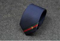 sıska kravat modası toptan satış-Tasarımcı kravat moda lüks adam ipek kravat kişilik nakış küçük arı adam bağları eğlence iş dar kravat yüksek kalite ücretsiz teslimat