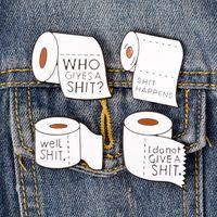 korsaj erkek takım elbise toptan satış-Sevimli Komik Tuvalet Kağıdı Pin Broş Beyaz Rulo Kağıt Mektup Broş Çanta Rozeti Takım Korsaj Yaka Coat Pins Kadın Adam için