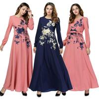 islamische maxi kleider großhandel-Womens Muslim Dress Swing Blumenstickerei Lose Abaya Langes Maxikleid Lässige Mode Kaftan Dubai Islamisches Kleid A-Linie Gürtel Neu