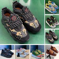 cadenas de caja para hombre al por mayor-Con Box 2019 New Chain Reaction Zapatillas para hombre Moda Diseñador de lujo Zapatos para mujer Plataforma Medusa Zapatillas de deporte Link en relieve Suela