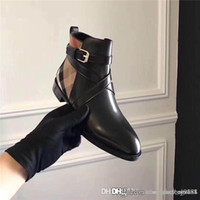 Wholesale mixed shoes boots resale online - Leather casual boots women shoes Martin boots Plaid stitching Upper is imported calfskin Plaid stripe women Short boots