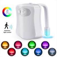 автоматические ночные огни оптовых-BRELONG Туалет ночник светодиодная лампа Умная ванная комната Human Motion Activated PIR 8 цветов Автоматическая подсветка RGB для подсветки унитаза