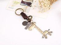 брелок из жирафа оптовых-120 шт.-творческий брелок мужчины и женщины небольшие подарки сплава милый жираф старинные тканые кожаный брелок классический прохладный брелок HYS122