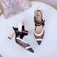 босоножки в стиле римского стиля оптовых-Женские повседневные женские кроссовки 2019 года, модные кожаные туфли на высоком каблуке, заостренные решетки, банкет, женские сандалии в римском стиле