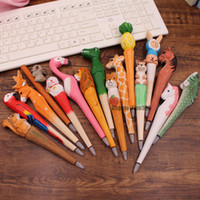 presente madeira escultura venda por atacado-Canetas de Carving madeira Preto Rollerball canetas 40 Modelos De Madeira Animais Criativo roller ball canetas Crianças Presentes Engraçados