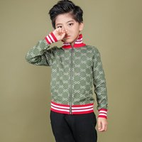 ingrosso jeans delle neonate 12 mesi-Bambini Giacche Zipper Colour Stripe Handsome Boys Knitting Blouses Edizione coreana Autumn And Winter New Pattern Letter Cardigan