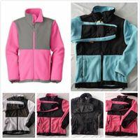 зимняя розовая куртка для девочки оптовых-Северная Новые дети дизайнер одежды мальчиков флис теплый Softshell лыжах вниз куртки мода зима ветрозащитной РЕБЁНОК одежды розовые куртки пальто