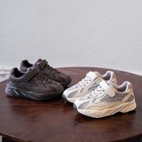ingrosso scarpe da ginnastica per bambini-Adidas Yeezy Boost shoes 2019 Designer Scarpe da bambino Toddler New Kanye West Sneakers Scarpe da corsa per bambini Ragazzi Grils Sport bambino Chaussures pour enfants