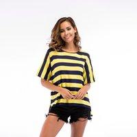 chemise col tricoté achat en gros de-Hauts en maille souple pour femmes Nouveau col rond à manches courtes Jeune rayé T-shirts tendance
