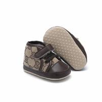 ingrosso scarpe da neonato nato-Designer Baby First Walker Sneakers per bambini di alta qualità New Born Baby Girls Ragazzi Scarpe con suola morbida Bambino Bambini Prewalker Scarpe casual per bambini