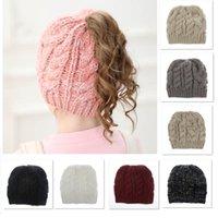 midilli bebeğim toptan satış-Kış Bebek Örgü Cap Crochet kasketleri Şapka Yetişkin Kız Pony Tail Akrilik Sıcak Noel Örgü Şapka Şapka keper 8 Styles DHL XD21536 Caps