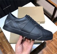 lona casa sapatos venda por atacado-Nova Temporada Homens Designer de Sapatos de Lona de Moda de Couro De Luxo Lace Up Plataforma Casa Treliça de Retalhos de Tênis Stoma Sapatos Casuais